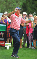 Len Goodman taking part in a celebrity golf competition.