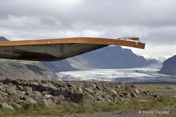 01M-1257 Twisted Metal Girder from the Gigjukvisl Bridge which was Hit by a Jokulhlaup (Flood) Released from the Vatnajokull Ice Cap During a Volcanic Eruption in November 1996 Skaftafell Iceland