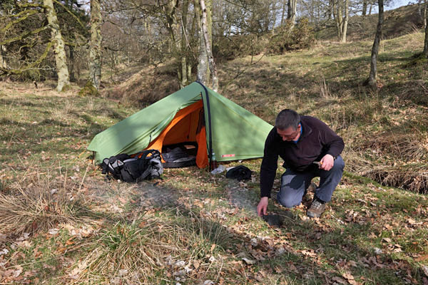 04D-4479 Walker Wild C&ing in a Woodland Using the Vango Force Ten Helium 100 & David BSI: Vango Force Ten Helium 100 Tent Review