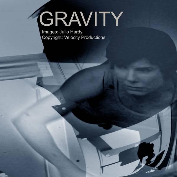 001 Gravity 092 bw