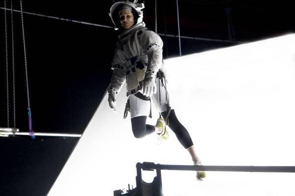 090 Gravity 117