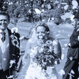 Ponsbourne Park Hertfordshire Wedding 4 Confetti